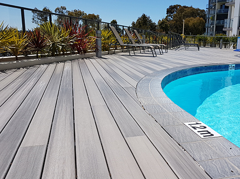 Apartments Decking
